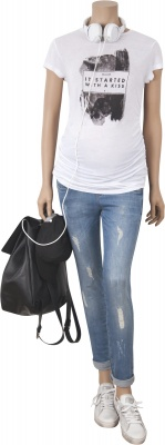 Umstandsshirt Bad Girl white, Umstandsjeans Brooklyn Blues bleached denim